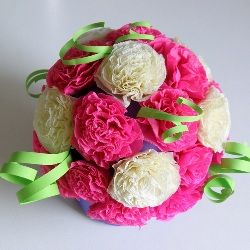 Цветы из гофрированной бумаги делать