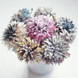 Как сделать красивый бумажный цветок 9