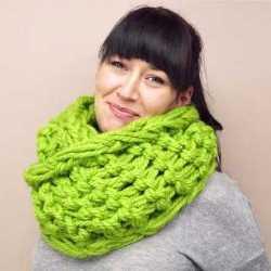 шарф связанный на руках за 30 минут и другие шарфы снуды