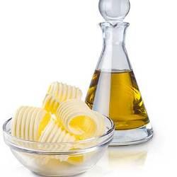 Кот и растительное масло