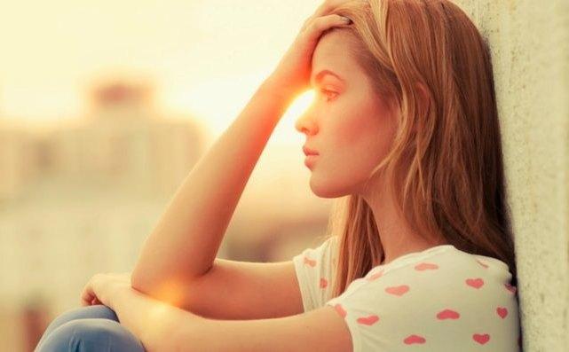 14 признаков того, что о вас кто-то постоянно думает