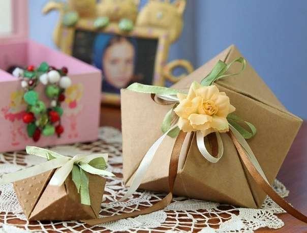 Как красиво упаковать дома подарок