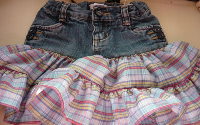 Юбка из старых джинс и кружева