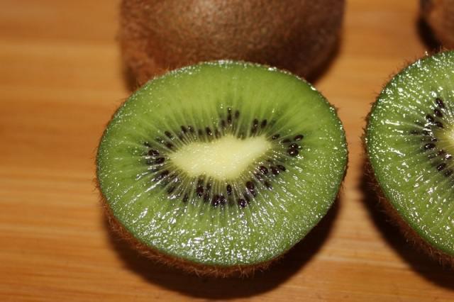 Чтобы нравиться женщинам нужно кушать овощи и фрукты - исследование