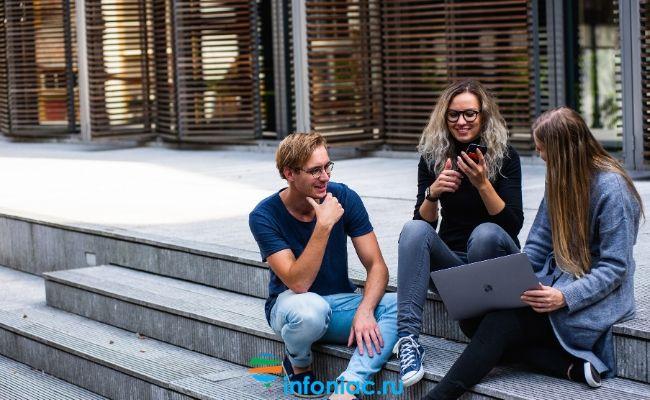 5 вежливых способов закончить разговор и 5 некорректных способов