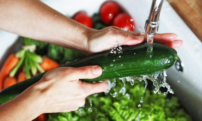 Как правильно очистить овощи и фрукты от пестицидов (химикатов)