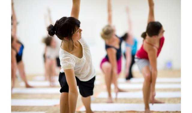 Как сжигать калории с помощью упражнений йоги