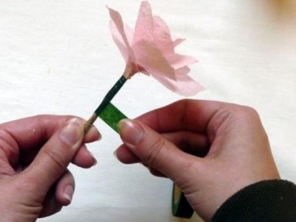 Цветы своими руками из бумаги - Делаем фенечки своими руками
