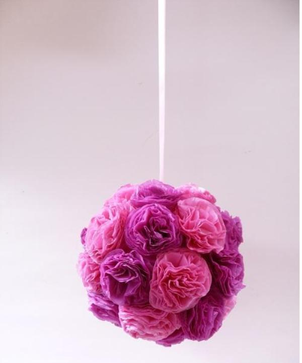 Шар из цветов из гофрированной бумаги своими