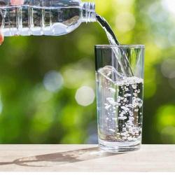 10 признаков того, что вы пьете слишком много жидкости