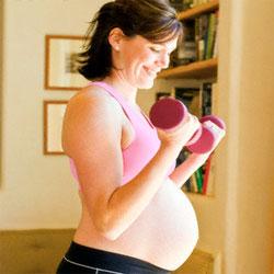 Силовые упражнения безопасны и полезны для беременных