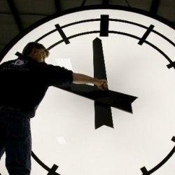Чего мы лишаемся, переводя часы назад?