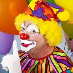 Клоуны помогают бесплодным женщинам зачать здоровых детей