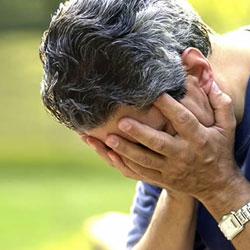 Почему экономический кризис вызывает депрессию у мужчин