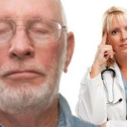 Курение вызывает катаракту и грозит слепотой