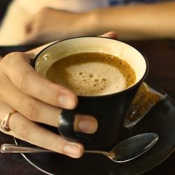 Кофе по-разному влияет на жаворонков и сов