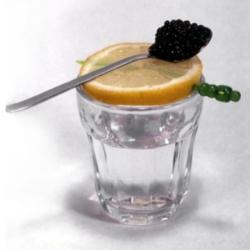 10 необычных способов применения водки