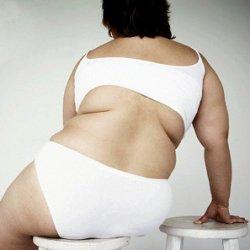 Чем больше вы сидите, тем  больше толстеет нижняя часть тела!