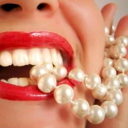 7 признаков больного организма, о которых могут рассказать наши зубы