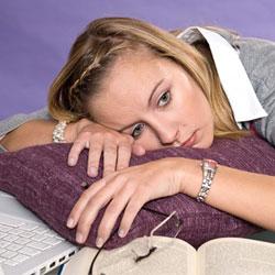 Проблемы со сном – первые признаки суицидальных настроений