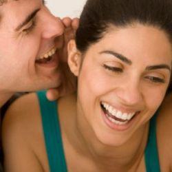 Мужчины с низким голосом чаще изменяют
