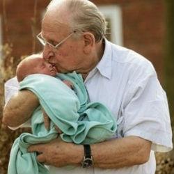 Мужчина после 40 лет: шансы стать отцом уменьшаются