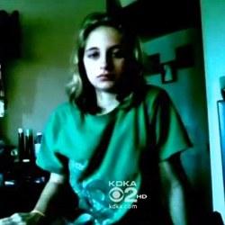 Спящая красавица: 17-летняя девушка проспала 64 дня подряд