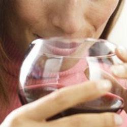 Вино полезно для костей