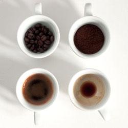 Четыре чашки кофе в день снижают риск диабета вдвое