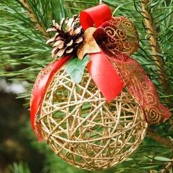 Шарик нитки новогоднее украшение