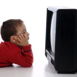 Телевизор виновен в психологических проблемах детей