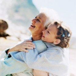 Почему дедушки и бабушки – это ключ эволюционного развития человека