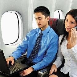 Места у иллюминатора в самолете – самые опасные для здоровья