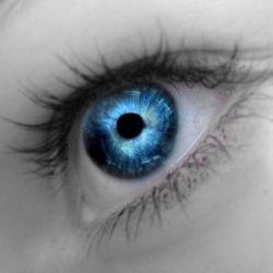 Голубые глаза - показатель большого ума