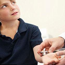 Размер запястья ребенка может указать на болезнь сердца
