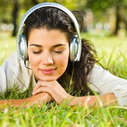 Смех и музыка снижают высокое кровяное давление