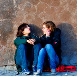 Современные подростки плохо слышат и страдают от головных болей