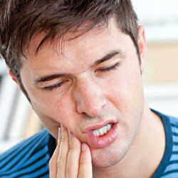 Болезни десен: лечим дома