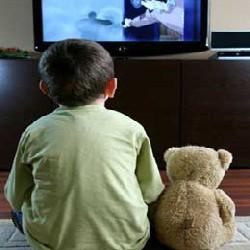 Телевизор и компьютеры – смысл жизни детей
