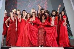 Мужчины предпочитают дам в красном из-за иллюзии их доступности