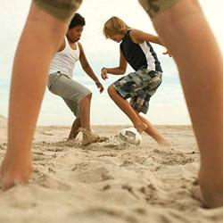 Кто больше подвержен солнечным ударам: дети или взрослые?