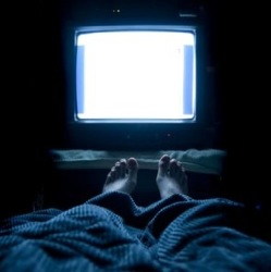 Засыпая со светом, мы рискуем впасть в депрессию