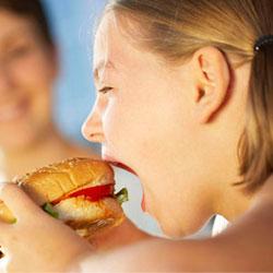 Привычки питания переходят от матери к ребенку