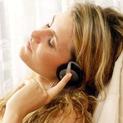 Подростки, предпочитающие музыку чтению, чаще страдают от депрессии