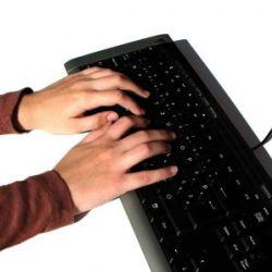 Слова справа на клавиатуре нравятся больше