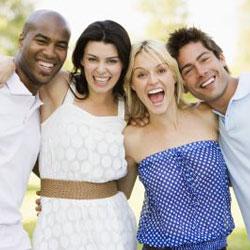 """Дружить """"семьями"""" полезно для отношений в паре"""