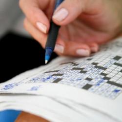 Рецепт нестареющего ума: головоломки, боулинг и пение