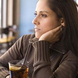 Осторожно: газировка! В чем вред сладких напитков?