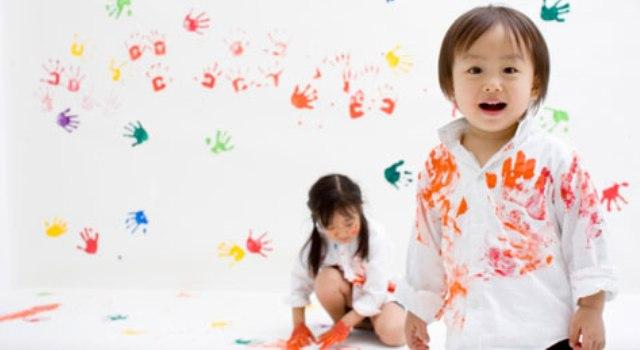 Как вывести пятно с детских вещей в