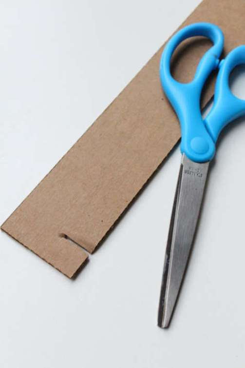 Как сделать ножницы из картона своими руками